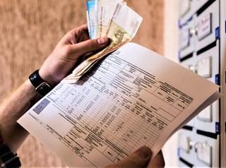 Долги продавцов квартир за услуги ЖКХ предлагают перекладывать на покупателей