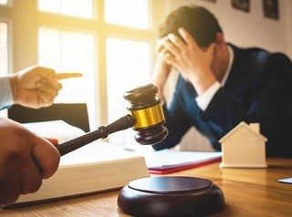 Банкам рекомендовано не выселять должников из квартир до 31 декабря