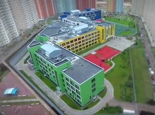 Перспективы появления школ в ряде районов Красноярска назвали сомнительными