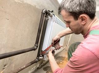 Под запрет попадет перепланировка с изменением системы теплоснабжения дома