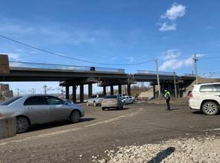В Заларях осенью запустят движение по путепроводу через железную дорогу