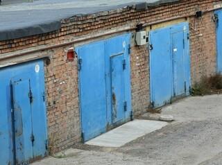 В Красноярске порядка 200 тысяч гаражей не оформлены в собственность