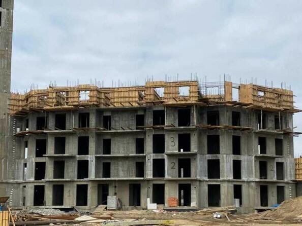 Ход строительства 5 апреля 2021. Блок-секция 3