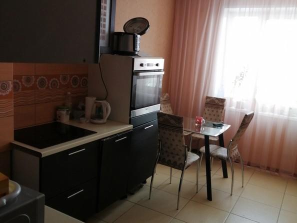 Продам 3-комнатную, 69 м2, Матросова ул, 23. Фото 3.