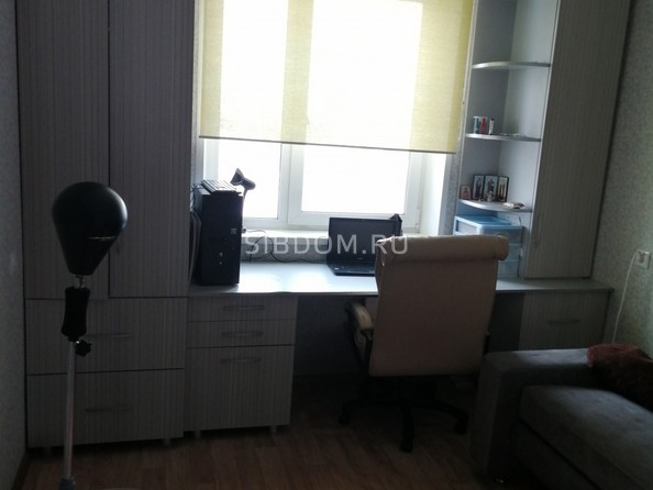 Продам 3-комнатную, 69 м2, Матросова ул, 23. Фото 5.