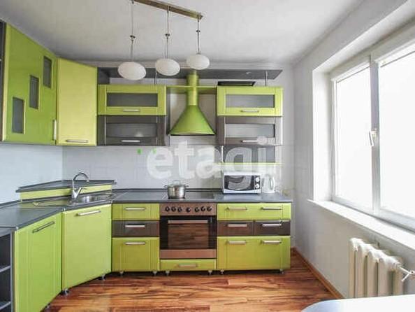 Продам 2-комнатную, 42 м2, Лазурная ул, 38. Фото 3.