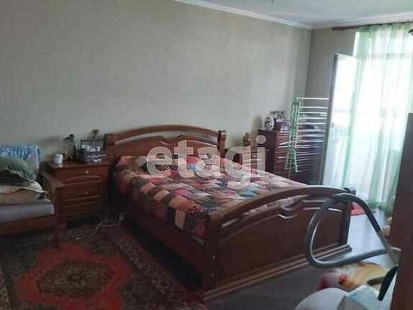 Продам 2-комнатную, 69.6 м², Папанинцев ул, 111. Фото 5.