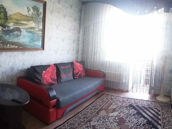 Сдам посуточно в аренду 1-комнатную квартиру, 35 м², Бийск. Фото 3.