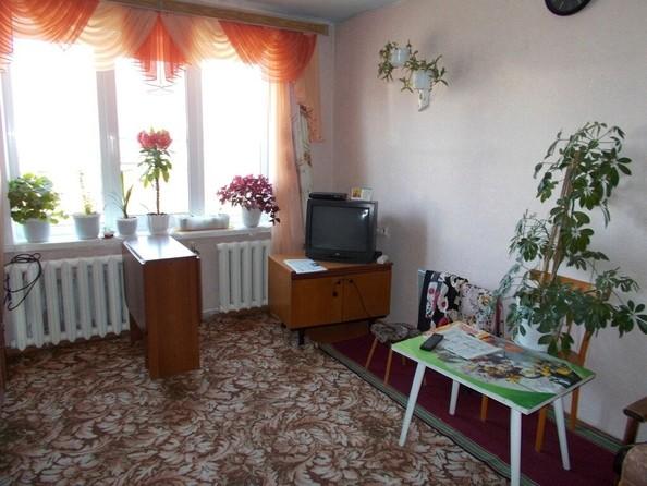 Продам 3-комнатную, 60 м², Комсомольская ул, 33. Фото 3.