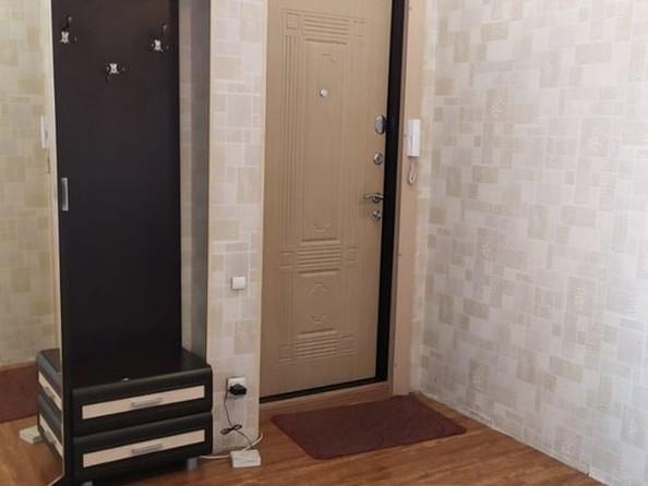 Продам 3-комнатную, 61 м², Интернациональная ул, 225. Фото 2.