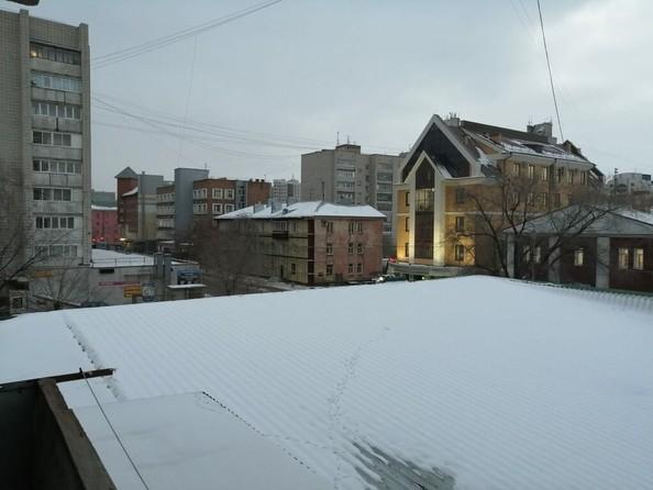 Продам 4-комнатную, 62.2 м², Крупской ул, 80. Фото 4.
