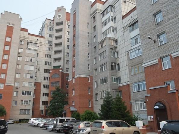 Продам 2-комнатную, 97 м², Партизанская ул, 132. Фото 2.
