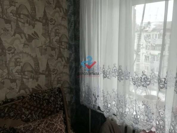 Продам 2-комнатную, 42 м², Громова ул, 24. Фото 3.