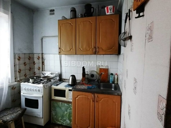 Продам 3-комнатную, 50 м², Коммунарский пер, 19. Фото 2.
