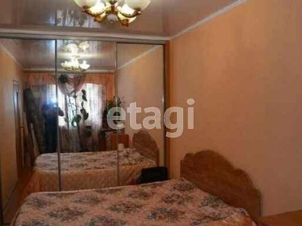 Продам 2-комнатную, 45 м², Малахова ул, 7. Фото 2.