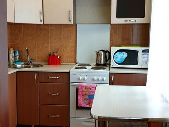 Сдам посуточно в аренду 2-комнатную квартиру, 45 м², Рубцовск. Фото 3.