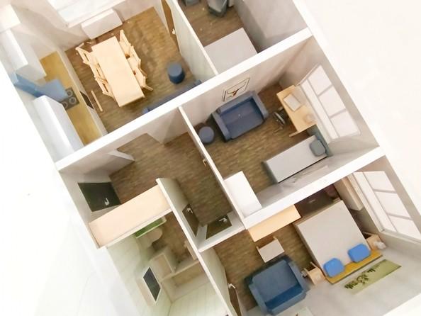Продам 4-комнатную, 73 м2, Челюскинцев ул, 80в. Фото 1.