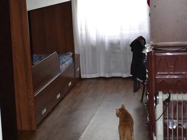 Продам 3-комнатную, 59 м², Гагарина ул, 22. Фото 1.
