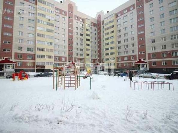 Продам 1-комнатную, 42 м², Малахова ул, 150. Фото 4.