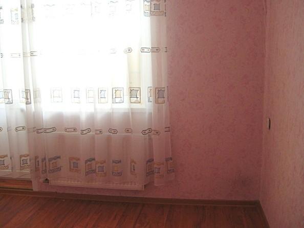 Продам 3-комнатную, 60 м², Антона Петрова ул, 198. Фото 2.