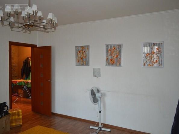 Продам 3-комнатную, 66.1 м², Лазурная ул, 22. Фото 1.
