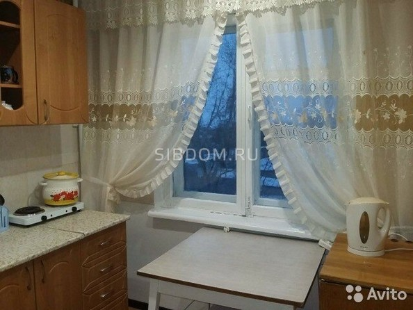 Сдам посуточно в аренду 1-комнатную квартиру, 32 м², Яровое. Фото 2.