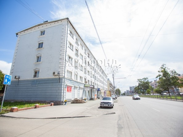 Продам апартаменты, 101 м², Ленина пр-кт, 136. Фото 8.