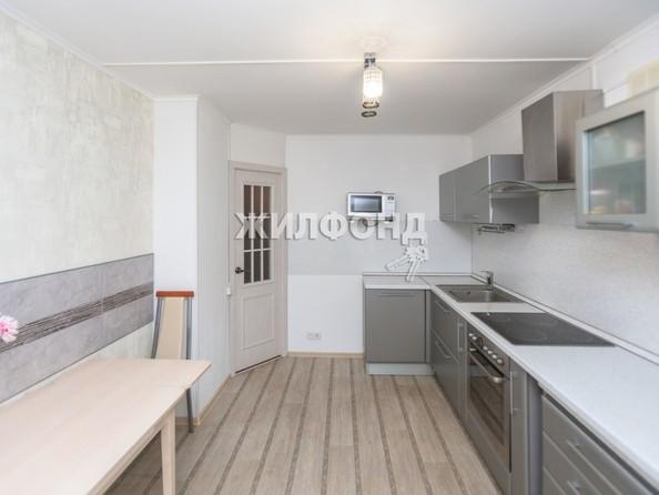 Продам 4-комнатную, 129.5 м2, Малахова ул, 119. Фото 10.