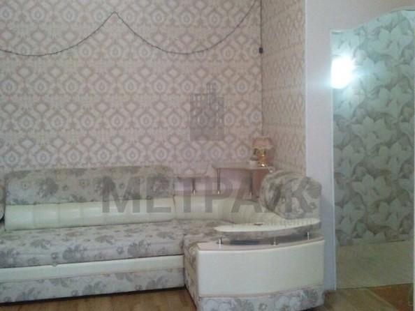 Продам 2-комнатную, 45 м2, Октябрьская ул, 2А. Фото 3.
