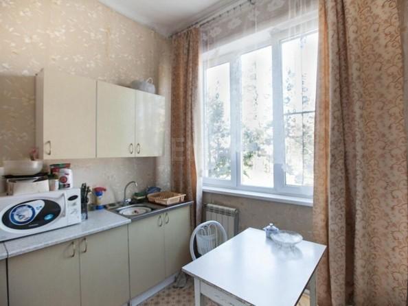 Продам 2-комнатную, 38.6 м2, Гарнаева ул, 26. Фото 5.
