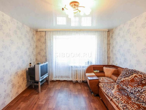 Продам 3-комнатную, 74.1 м2, Антонова ул, 22. Фото 1.