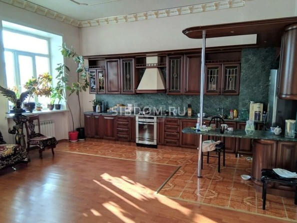Продам 2-комнатную, 126 м², . Фото 1.