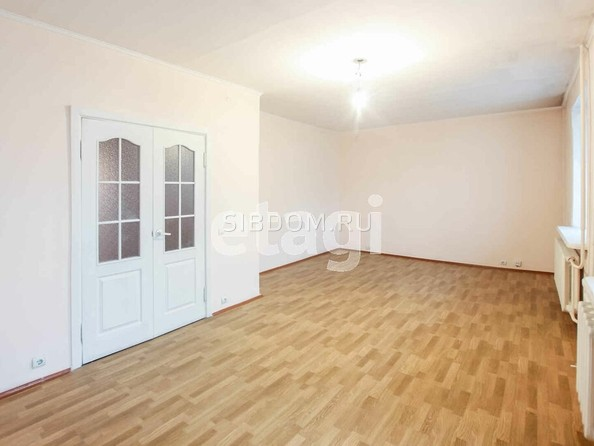 Продам 5-комнатную, 131.7 м2, Добролюбова ул, 6А. Фото 1.