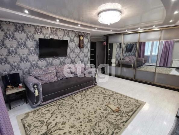 Продам 3-комнатную, 63.3 м2, Антонова ул, 2. Фото 1.