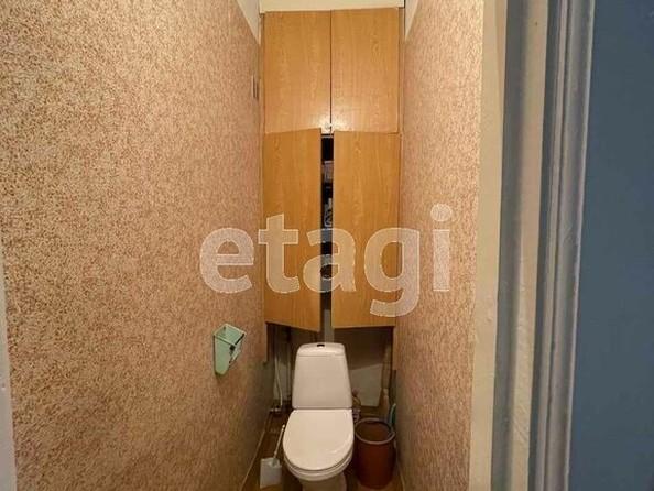 Продам 2-комнатную, 60 м2, Октябрьская ул, 21. Фото 3.