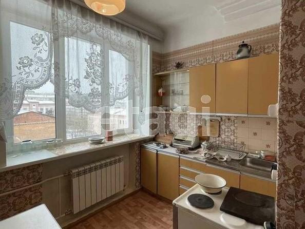 Продам 2-комнатную, 60 м2, Октябрьская ул, 21. Фото 4.