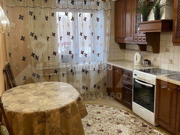 Продам 4-комнатную, 75 м2, Комсомольская ул, 16. Фото 2.