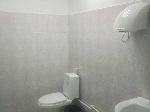 Сдам офис, 83 м2, Академика Образцова ул, 4. Фото 9.