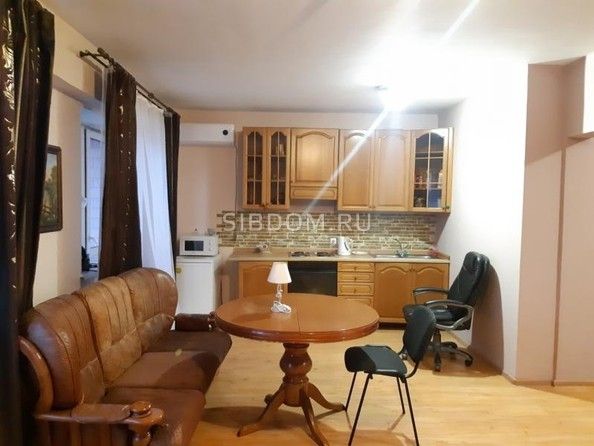 Продам 1-комнатную, 43 м2, Дыбовского ул, 8/4. Фото 3.
