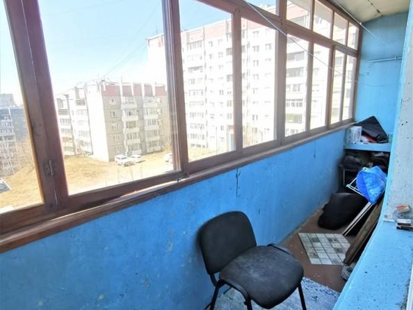 Продам 2-комнатную, 48 м2, Радужный мкр. Фото 11.