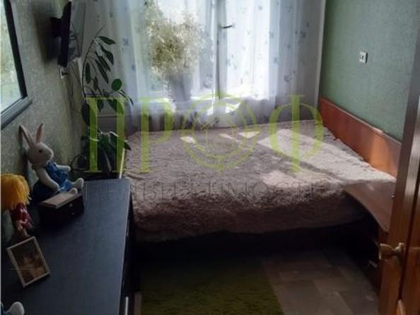 Продам 2-комнатную, 44 м2, Октябрьский пр-кт, 81. Фото 2.