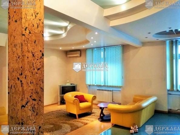 Продам 3-комнатную, 90 м², Ноградская ул, 2. Фото 1.