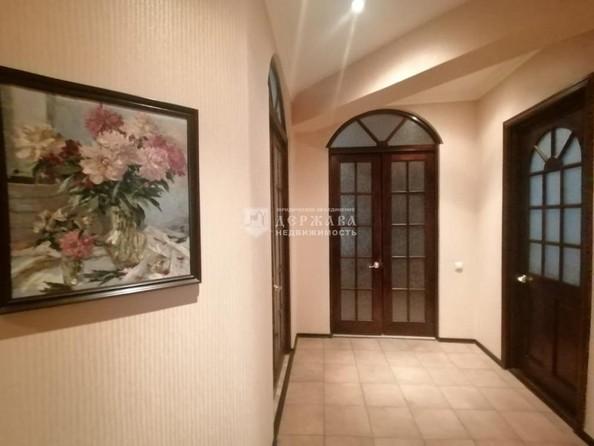 Продам 4-комнатную, 129.7 м², Весенняя ул, 15. Фото 14.