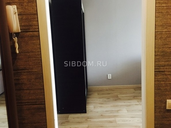 Сдам в аренду 1-комнатную квартиру, 33 м², Кемерово. Фото 3.