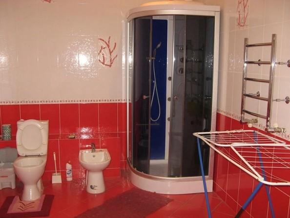 Продам 4-комнатную, 139 м2, Большевистская ул, 43. Фото 9.