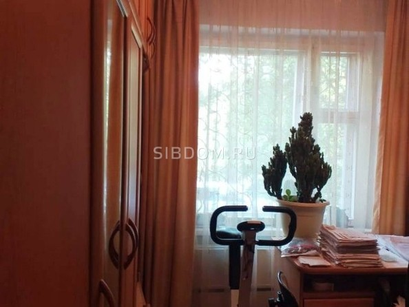 Продам 3-комнатную, 63 м2, 70 лет Октября ул, 14/2. Фото 4.
