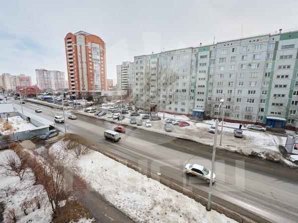 Продам 3-комнатную, 68.6 м2, Омская ул, 125. Фото 10.