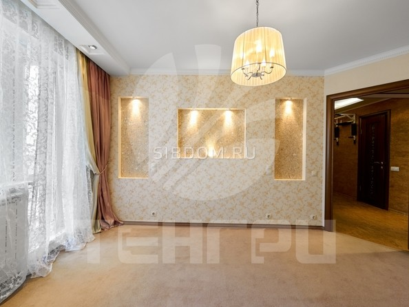 Продам 3-комнатную, 68.6 м2, Омская ул, 125. Фото 17.