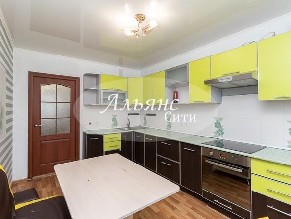 Продам 2-комнатную, 61.7 м2, Туполева ул, 2. Фото 1.