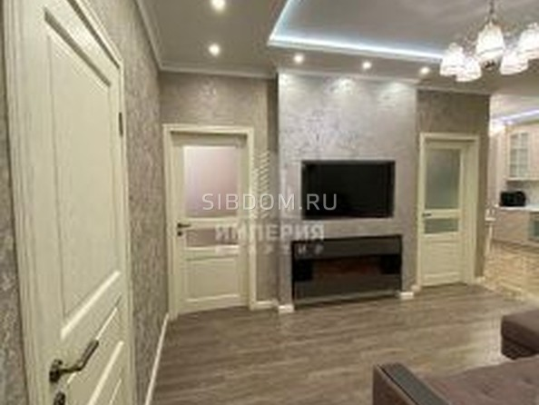 Сдам в аренду 3-комнатную квартиру, 82 м², Омск. Фото 5.